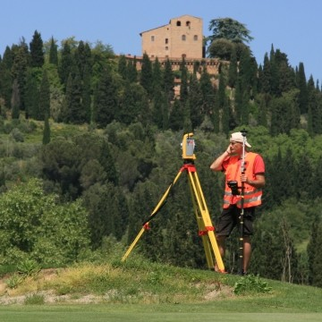 Vermessung: Ressort Castelfalfi, Toskana